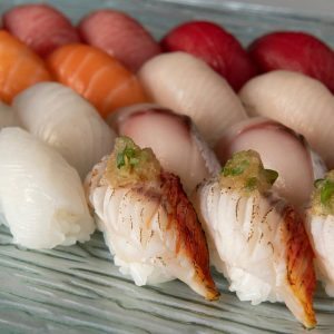 Chef's choice sushi set